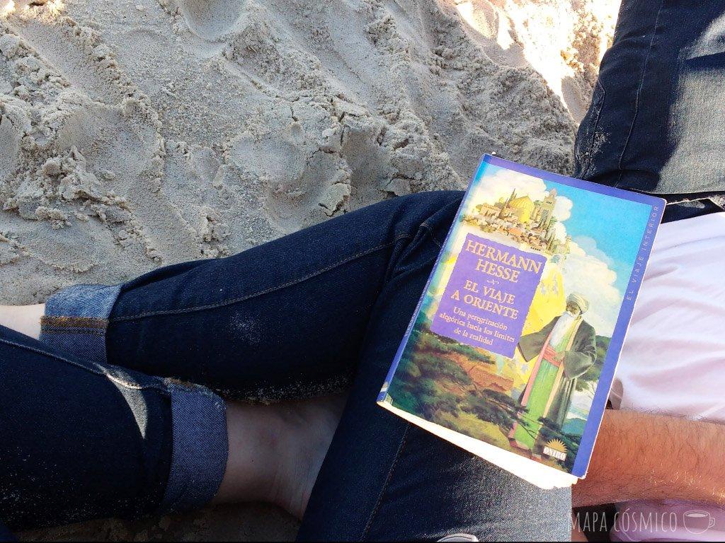 un buen libro en la playa: fin de semana ideal en montevideo uruguay