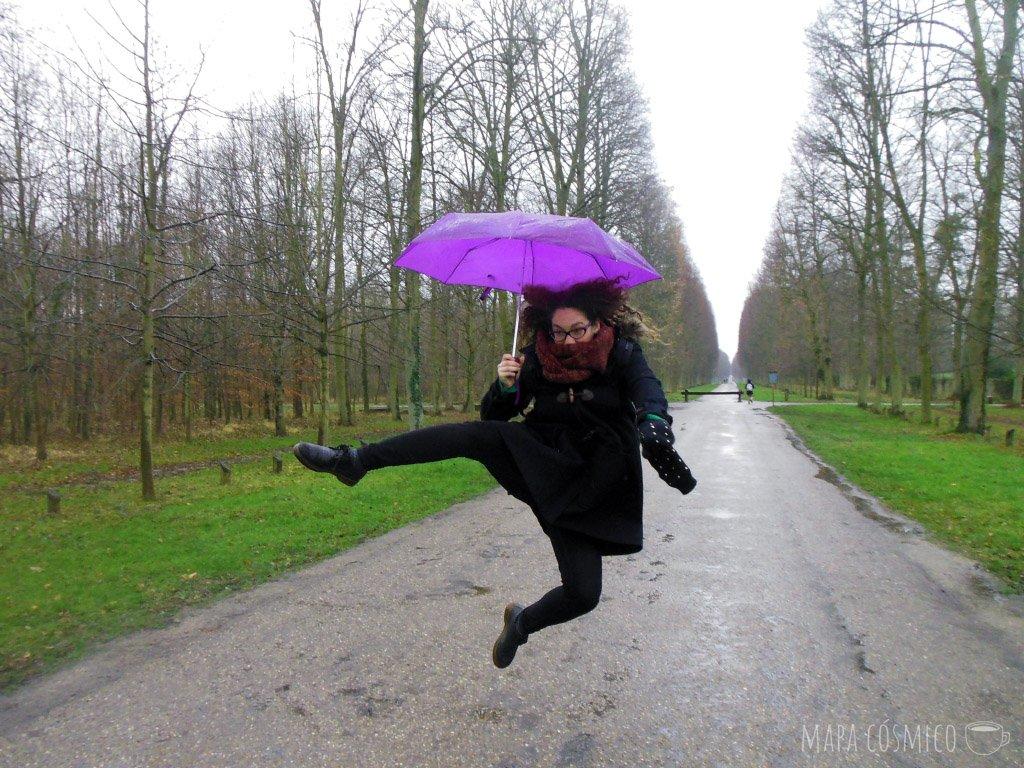 paris con lluvia y frío