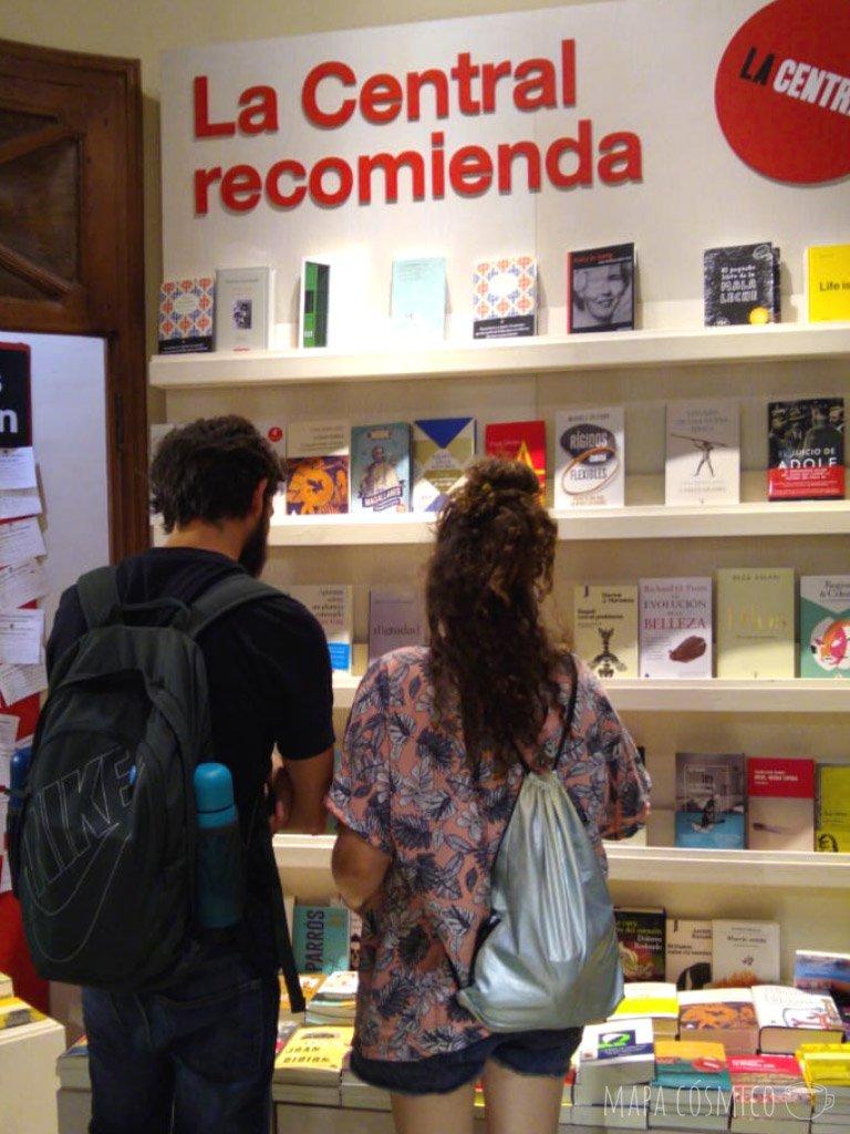 mapa cósmico en la central librería madrid